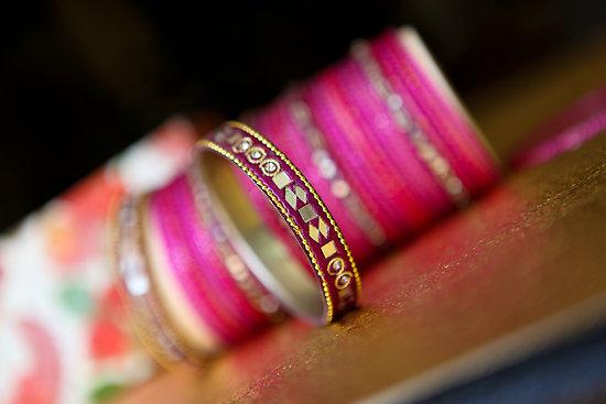pink-bangles-churiyan